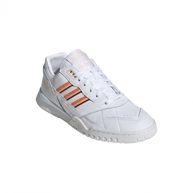 SNEAKERS ADIDAS A.R. TRAINER