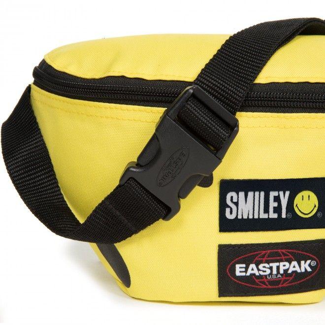 Eastpak Springer Smiley Big Ek074A92