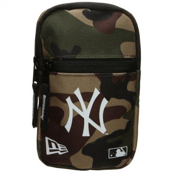 Bolsa New Era Mini Pouch New Yankees Camo Poliéster 12145427