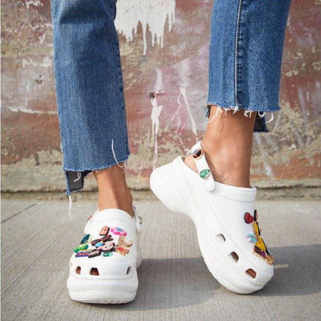 Crocs Women's Classic Bae Clog 206302-100